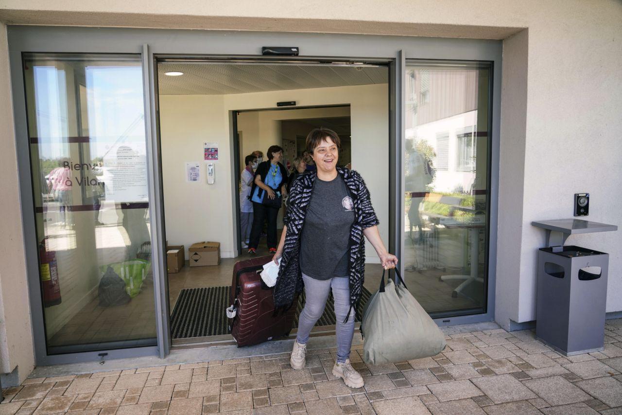 حرية! في فرنسا ، تأخذ دار التمريض COVID وتربح